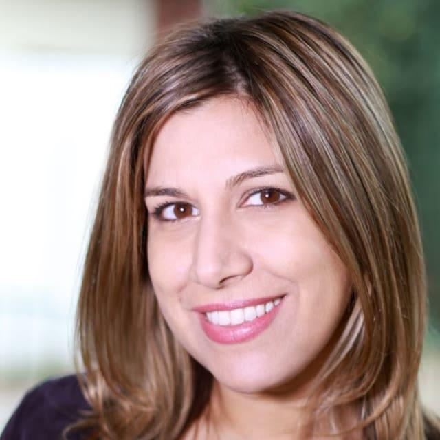 Romina felhasználói profilja