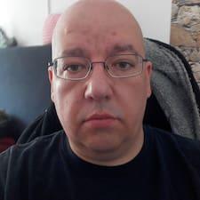Profilo utente di M.
