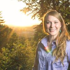 Profilo utente di Elizabeth Xenia