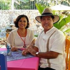 Carlos Manuel คือเจ้าของที่พักดีเด่น