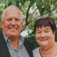 Nutzerprofil von Trevor And Rosemary