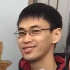 Derek felhasználói profilja