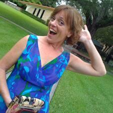 Profilo utente di Mary Adelyn