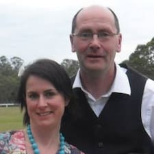 Kate And John is een SuperHost.