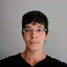 Joaquin felhasználói profilja