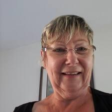 Profil Pengguna Bernadette