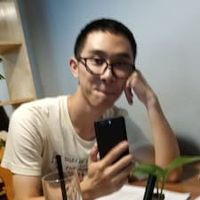 宏鑫 User Profile