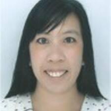 Adeline felhasználói profilja