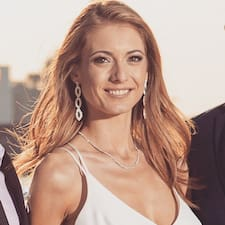 Shelly's profile photo