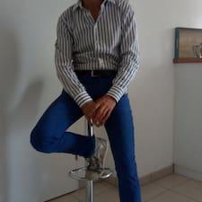 Jean-Louis的用戶個人資料