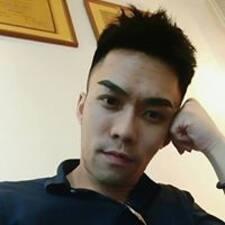 韋仲 User Profile