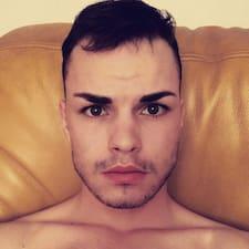 Profil utilisateur de Anthony-Emmanuel