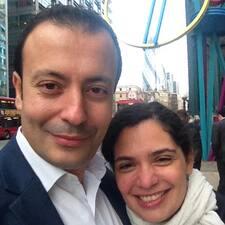 Perfil do usuário de Karim & Donia