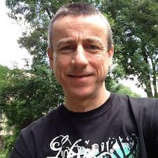 Axel Jr User Profile