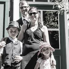 Familie Willmann est un Superhost.