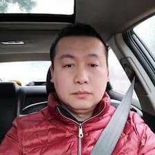晓午 User Profile