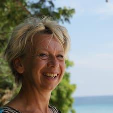 Jacquelien User Profile
