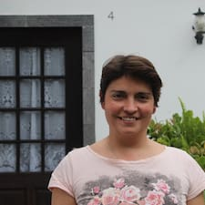 Nélia