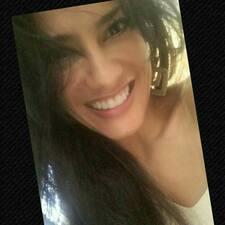 Eveliny K. User Profile