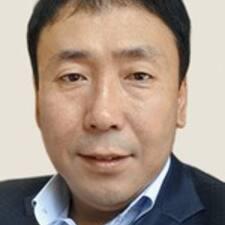 Chi Ho Brugerprofil