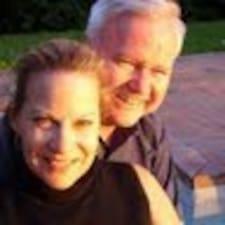 โพรไฟล์ผู้ใช้ Tom & Amy Jo