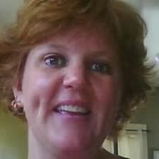 Lynette felhasználói profilja
