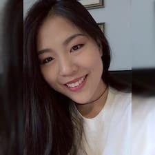 โพรไฟล์ผู้ใช้ Jiayi