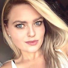 Профіль користувача Emma