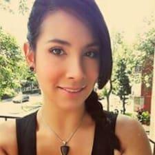 Marie-Ève Kullanıcı Profili