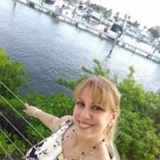 Profilo utente di Alicia