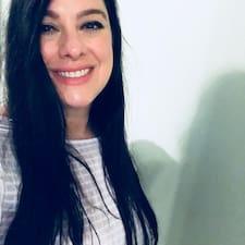 Carolyn-Bae Kullanıcı Profili