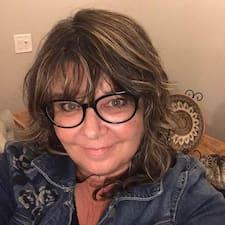Profil Pengguna Arlene Daphne