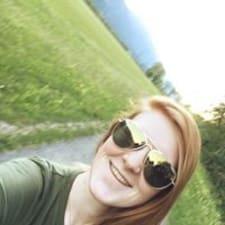Gabriella felhasználói profilja