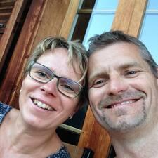 Henkilön Thomas & Natalie käyttäjäprofiili