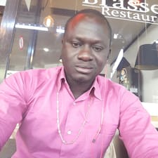 Mbaye Brugerprofil