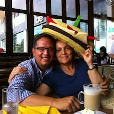 Henkilön Rocío Y Arturo käyttäjäprofiili