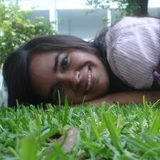 โพรไฟล์ผู้ใช้ Daniela
