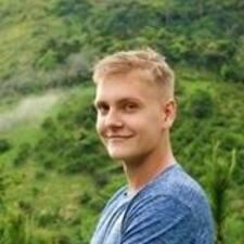 Karlis felhasználói profilja