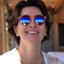 โพรไฟล์ผู้ใช้ Ana Karime