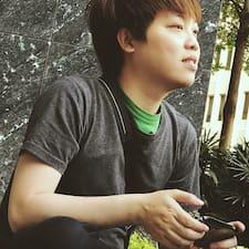 โพรไฟล์ผู้ใช้ Chi Fung Joy