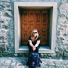 Profil korisnika Mary Chandler