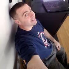 Andre felhasználói profilja