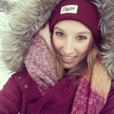 Julia Victoria felhasználói profilja