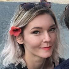 Profil Pengguna Klára