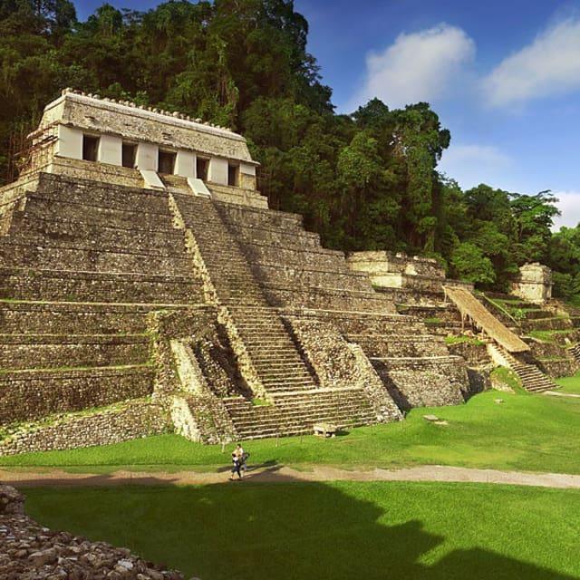 Palenque's Guidebook  Guía de Palenque