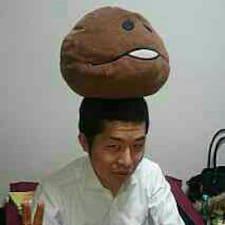 Henkilön Atsushi käyttäjäprofiili