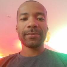 Profil Pengguna Anderson Clayton
