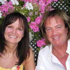 Michael & Linda to Superhost.