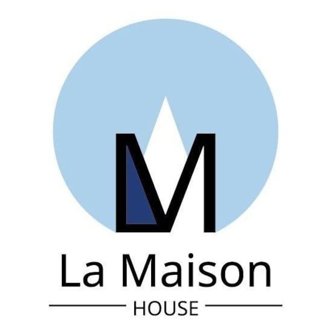 La Maison의 가이드북