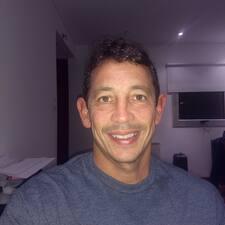 โพรไฟล์ผู้ใช้ Augusto